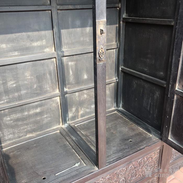 老紫檀家具清代紫檀雕刻花卉纹饰四 平柜的顶箱柜明清家具老家具图12
