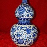 青花描金缠枝莲纹葫芦瓶