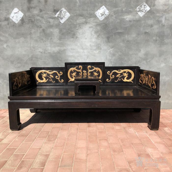 清代传世小叶紫檀镶嵌黄杨雕刻龙罗汉床围子床图1