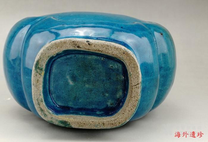 清中期 孔雀蓝釉如意云耳海棠式瓶图7