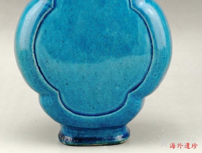 清中期 孔雀蓝釉如意云耳海棠式瓶图6