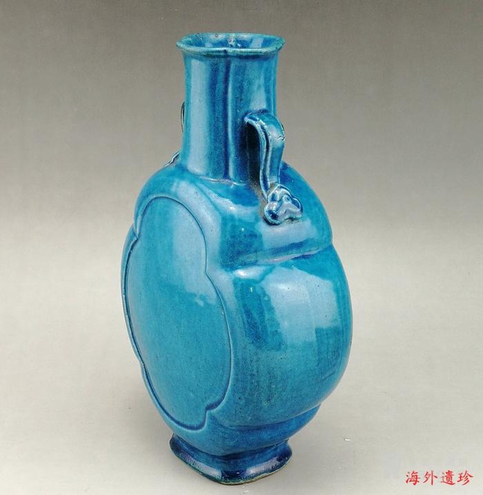 清中期 孔雀蓝釉如意云耳海棠式瓶图12