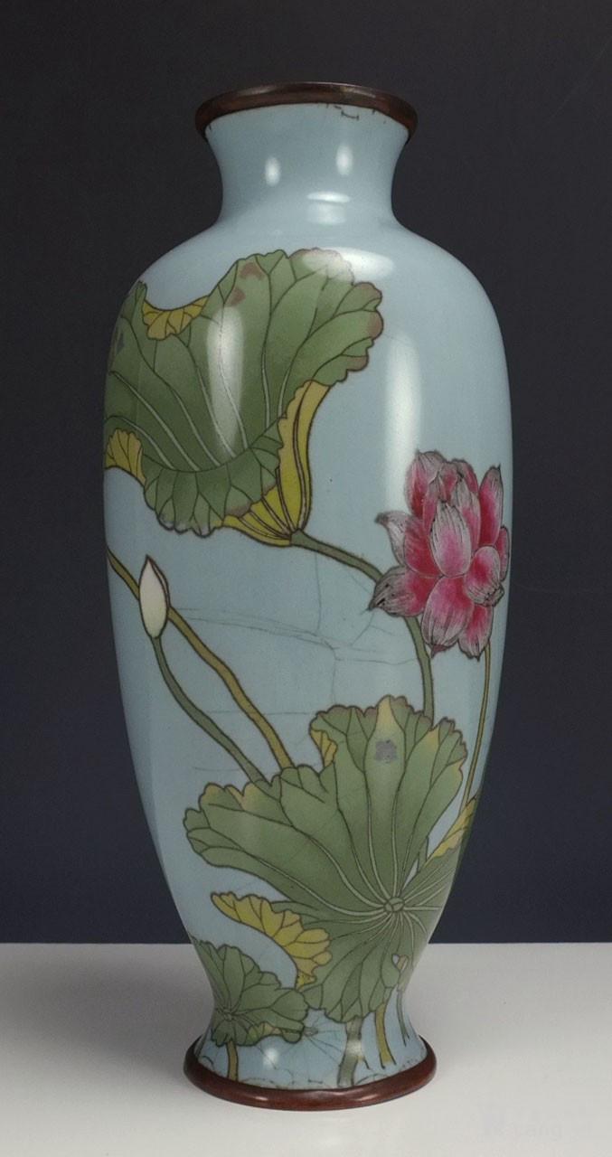 清代 七宝烧 花绘纹 观音瓶图1