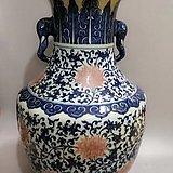 清代 乾隆青花釉里红缠枝纹花瓶