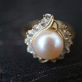 天然珍珠镶钻戒指