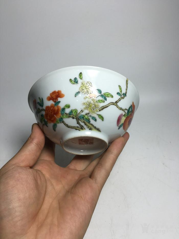 清代过墙纹花卉碗图1