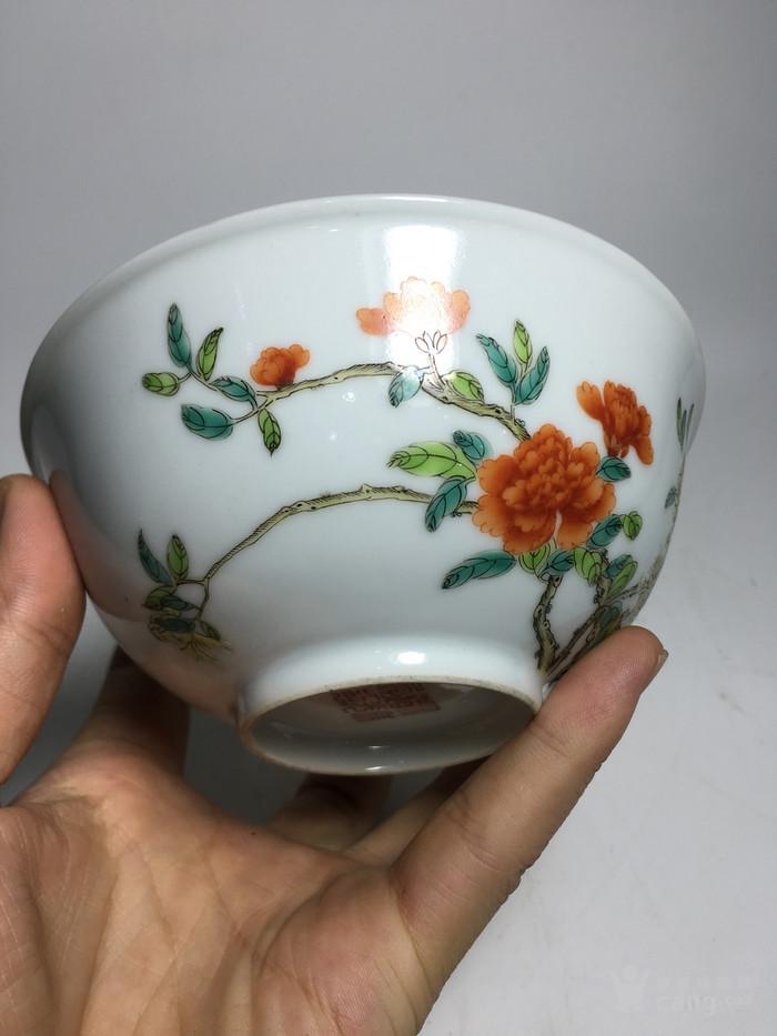 清代过墙纹花卉碗图4