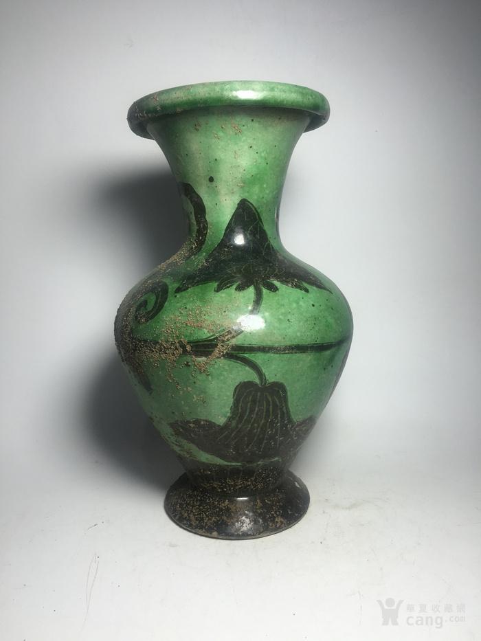 宋代磁州窑绿釉瓶图1