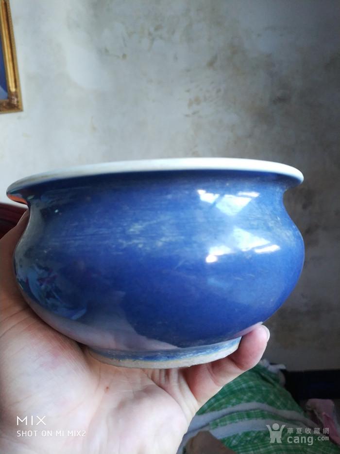 清中期蓝釉香炉图1