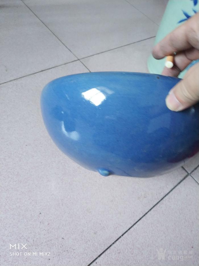 清晚期蓝釉三足香炉图2