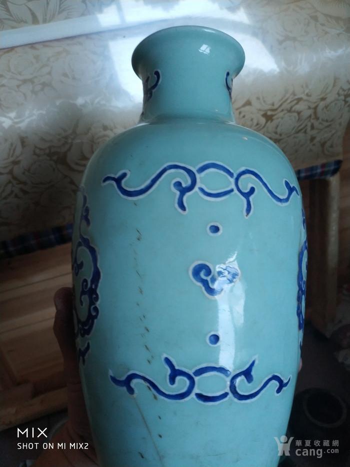 清乾隆豆青力小瓶图4