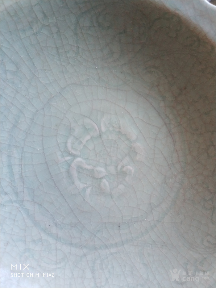 元代龙泉窑青釉碗图2