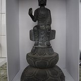 造型独特的佛像