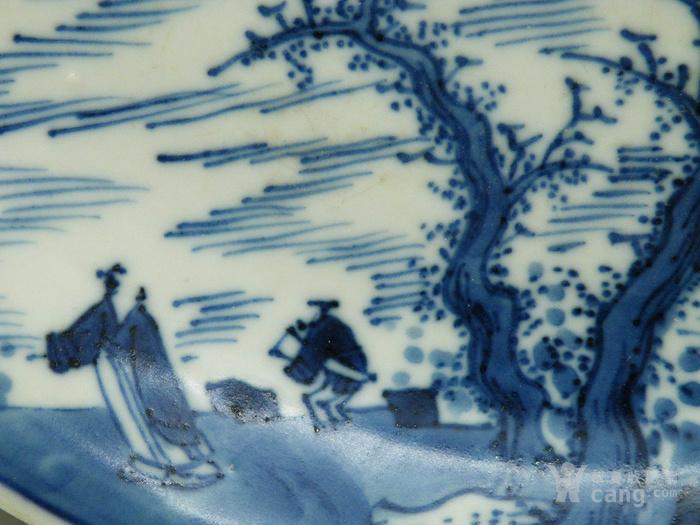 第158号珠明料翠毛蓝分水披麻皴抱琴会友人物故事康熙青花盘图2