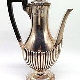 民国 1907年英国谢菲尔德纯银茶壶一件 带盒
