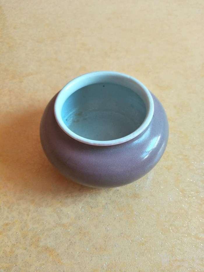 清末豇豆红水盂图4