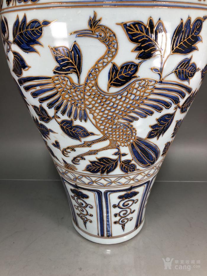 元代青花堆线条凤纹梅瓶图4