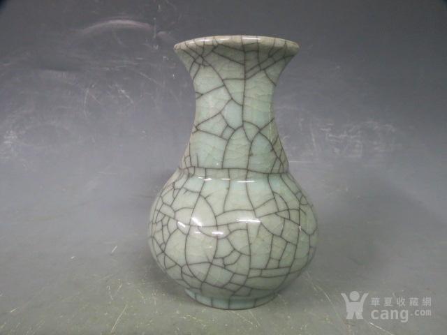 哥窑瓶图2