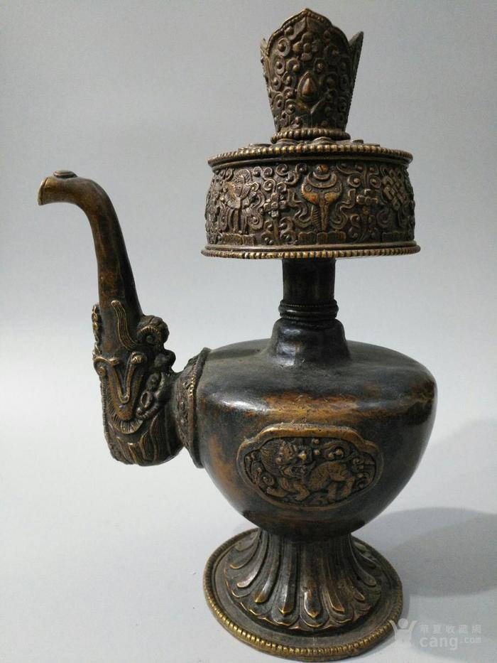 lao黄铜八吉祥 酥油茶壶 图1
