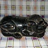 黑釉狮子磁枕
