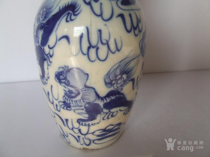 漂亮的清晚期麒麟纹满彩青花瓶图9
