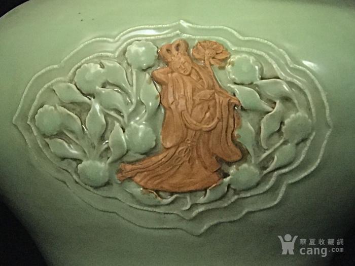 元龙泉窑捏花浮雕八仙人物荷叶盖罐33 35图2