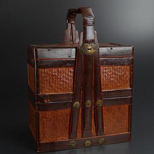 多层精雕竹编提盒