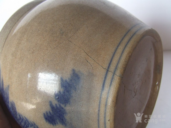 清代中晚期花草动物纹青花水盂图5