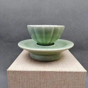 龙泉窑青瓷茶盏