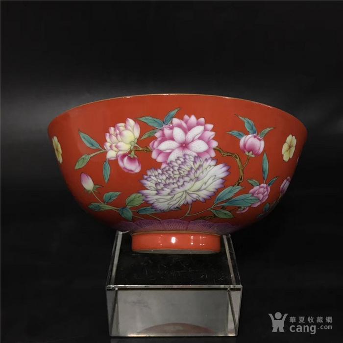 康熙珊瑚红珐琅彩花卉碗图3