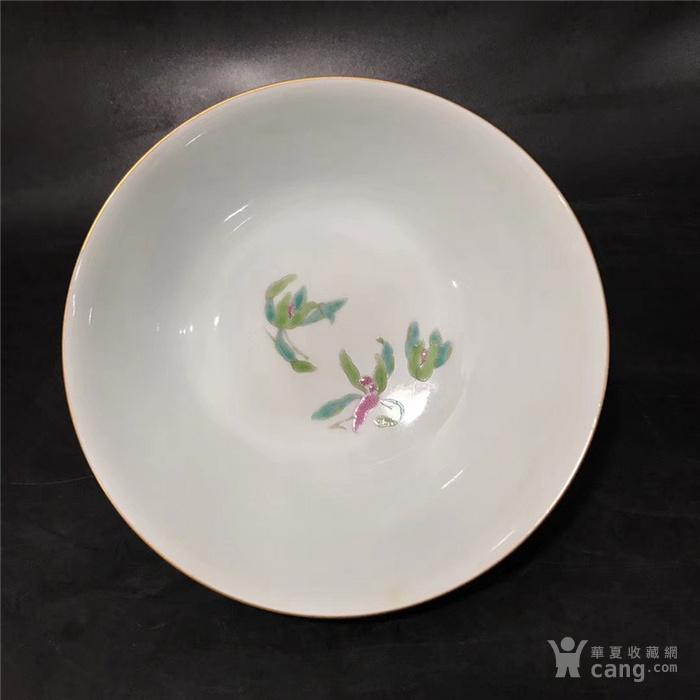 康熙珊瑚红珐琅彩花卉碗图2