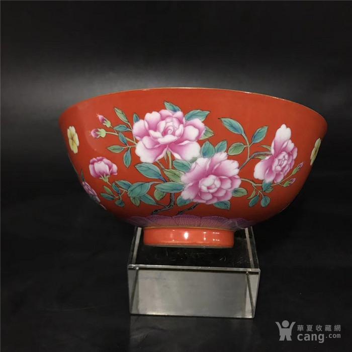 康熙珊瑚红珐琅彩花卉碗图4
