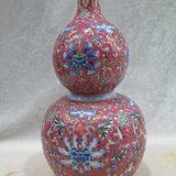 乾隆珐琅瓷缠枝葫芦瓶