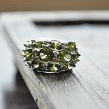天然橄榄石奢华戒指