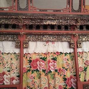 清朝吉祥人物千工床 朱金吉祥雕刻床或銅鎏金吉祥雕刻床