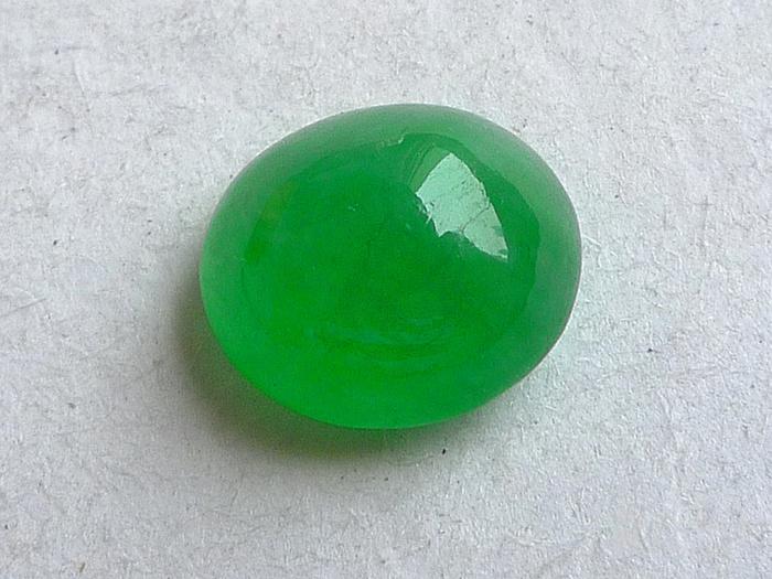 润玉楼 天然A货翡翠  0413 冰种阳绿蛋面图2