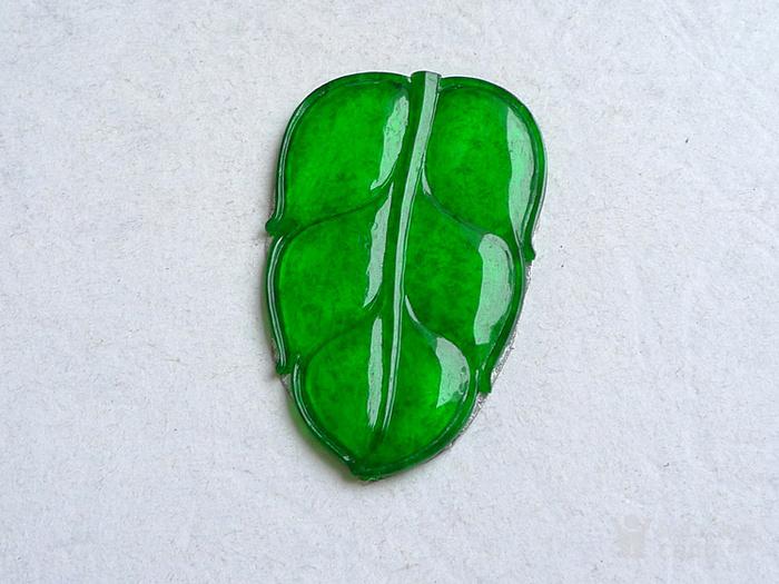 润玉楼 天然A货翡翠  0413 冰种正阳绿叶子镶件图1