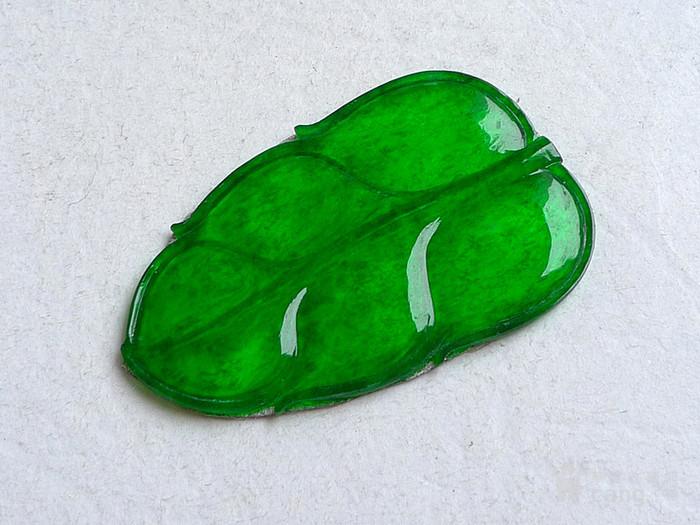 润玉楼 天然A货翡翠  0413 冰种正阳绿叶子镶件图6