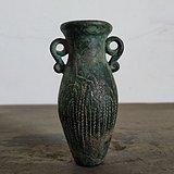 明代铜质錾花双耳小瓶